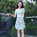 个性女式针织连衣裙套装