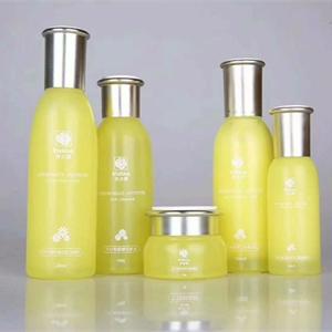 补水面膜+护肤套盒+公司提供原料和配方